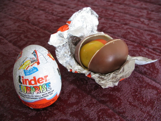 Mickey: FoodHack: Kinder Surprise с оригинальной начинкой